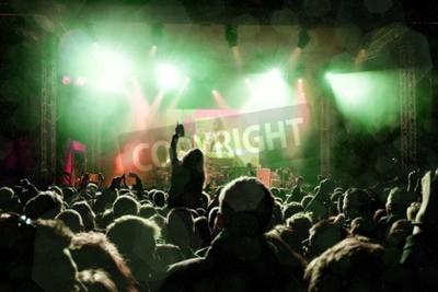 Fotomural Concerto rock, silhuetas de pessoas felizes levantando as mãos