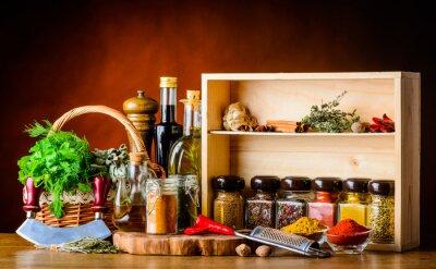 Fotomural Cozinhando ingredientes, especiarias e ervas