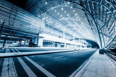 Fotomural estação ferroviária moderna na noite