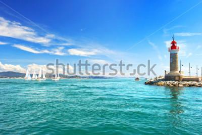 Fotomural Farol de St. Tropez. bela paisagem mediterrânica. riviera francesa, côte d 'azur, frança