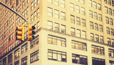 Fotomural Foto estilizado retro dos semáforos em New York City, profundidade de campo rasa.