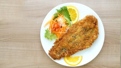 Fotomural golpeado steak de peixe com salada e legumes