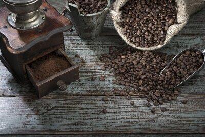 Fotomural Grãos de café e moedor de cima
