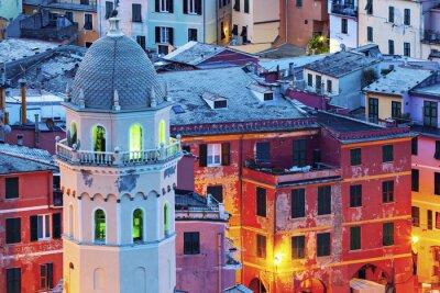 Fotomural Igreja de Santa Margherita d'Antiochia em Vernazza