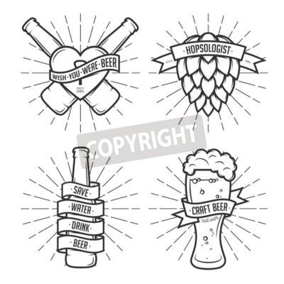 Fotomural Jogo de gravuras da cerveja do t-shirt. Etiquetas de cerveja, crachás, elementos de design. Fitas do vintage com citações engraçadas. Frases sobre cerveja.