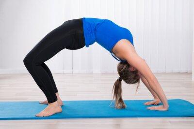 Fotomural Jovem, mulher, fazer, back-bend