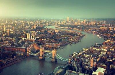 Fotomural Londres vista aérea com Tower Bridge, em vez do sol