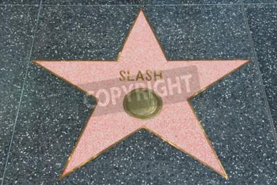 Fotomural LOS ANGELES, EUA - 5 DE ABRIL DE 2014: Slash (guitarrista Guns N 'Roses) estrela no famoso Walk of Fame em Hollywood. Hollywood Walk of Fame apresenta mais de 2.500 estrelas com nomes de celebridades