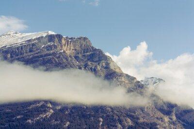 Fotomural Montanha da gruta coberta de neve