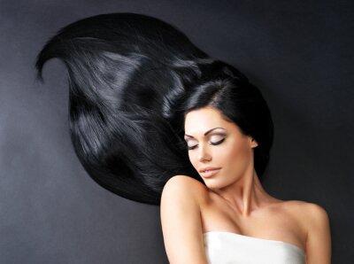 Fotomural Mulher bonita com cabelo reto longo