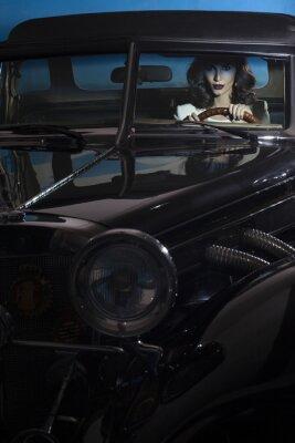 Fotomural Mulher bonita no carro da riqueza