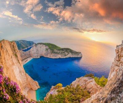 Fotomural Navagio, praia, shipwreck, pôr do sol, Zakynthos, ilha, Grécia