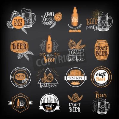 Fotomural O restaurante da cerveja badges o vetor, projeto do menu do álcool.