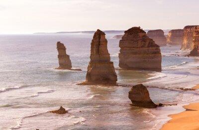 Fotomural Opinião bonita do por do sol na costa dos doze apóstolos pelo grande oceano