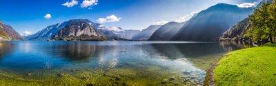 Fotomural Panorama do lago cristalino da montanha nos alpes