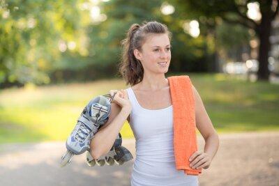 Fotomural patins em linha jovem mulher