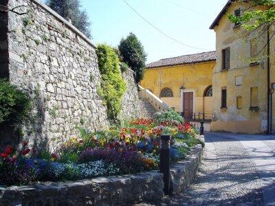Fotomural Pitoresco streen em Itália