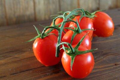 Fotomural Pomodoro rosso um grappolo varietà Piccadilly