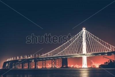 Fotomural Ponte da Baía de Oakland à noite. São Francisco - Oakland, Califórnia, Estados Unidos.