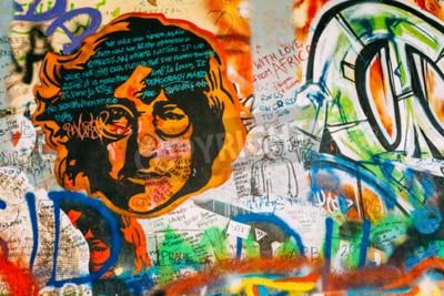 Fotomural Praga, república checa - 10 de outubro de 2014: Lugar famoso em Praga - a parede de John Lennon. Wall está cheio de graffiti inspirado em John Lennon e letras de músicas dos Beatles