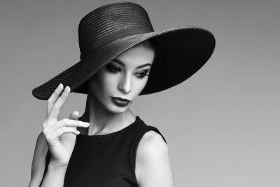 Fotomural Retrato preto e branco da mulher elegante