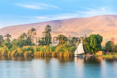 Fotomural Rio Nilo no Egito. Luxor, África.