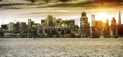 Fotomural San Francisco Sunset Panorama com Oakland Bay Bridge. Estados Unidos.