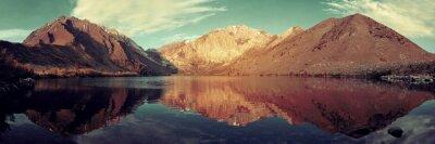Fotomural Snow Mountain lago