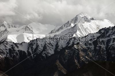 Fotomural Snow mountain range, Leh Ladakh, India
