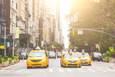 Fotomural Táxi amarelo típico em Nova York