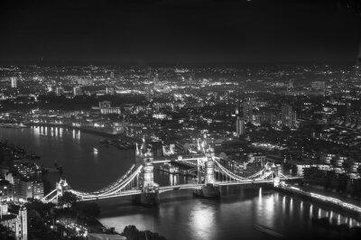 Fotomural Tower Bridge em luzes da noite, Londres
