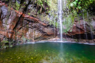 Fotomural Última cachoeira das Vinte e Cinco Fontes Caminho de Levada, Madeira (Portugal)