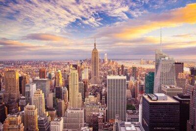 Fotomural Vista do por do sol de Nova York olhando por cima do centro de Manhattan