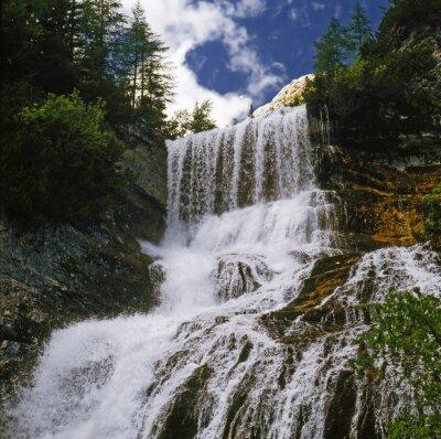 Fotomural Watterfall 01 / Cachoeira de montanha em Dolomitas - Norte da Itália
