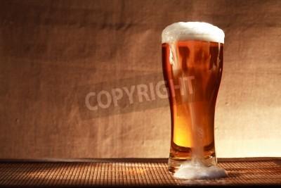 Fotomural Cheio, vidro, frescor, cerveja, espuma, tabela, contra, cinzento, lona, fundo
