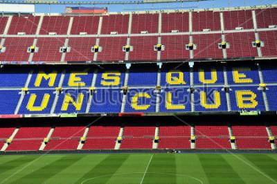 Fotomural Fechado acima do estádio de futebol Camp Nou em Barcelona, Espanha.
