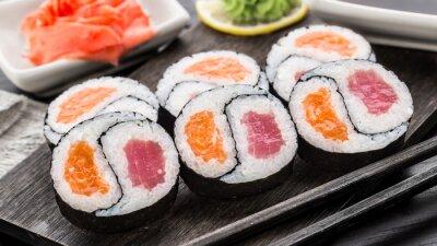 Fotomural Yin yang futomaki com atum e salmão