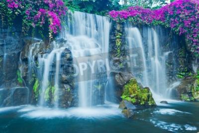 Poster Cachoeira azul bonito no Havaí