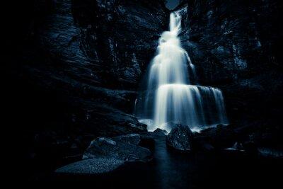Poster Cachoeira na noite