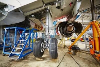 Poster Chassis do avião em manutenção pesada