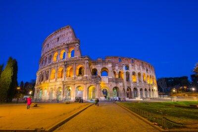 Poster Colosseum na noite em Roma, Itália