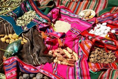 Poster comida tradicional na Ilhas Uros - Lago Titicaca, Peru