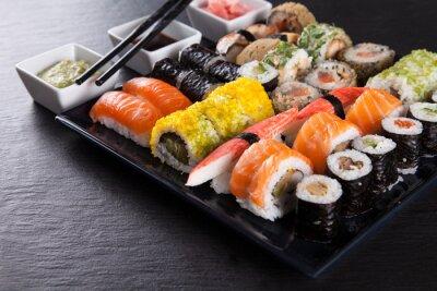 Poster Conjunto de frutos do mar sushi japonês