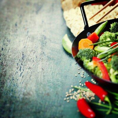 Poster Culinária chinesa. Wok vegetais de cozinha.