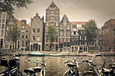 Poster dia cinzento na cidade de Amsterdã