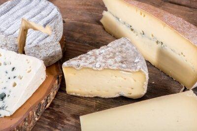 Poster Diferentes variedades de queijos franceses