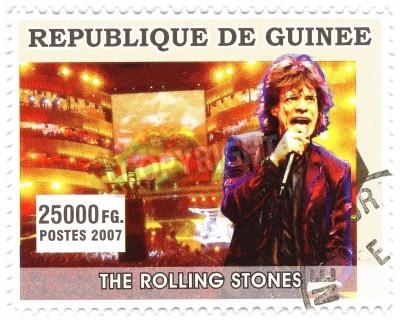Poster GUINÉ - CIRCA 2007 famoso cantor de rock Mick Jagger de banda de música do Rolling Stones