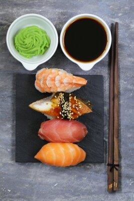 Poster Japonês, tradicional, alimento, sushi, salmão, atum, camarão