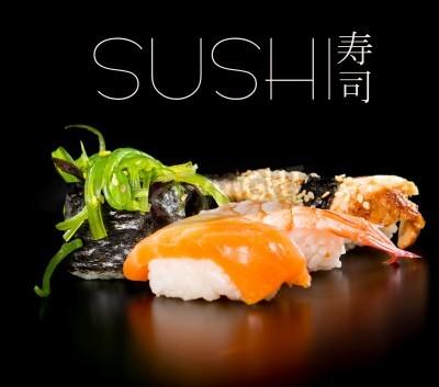 Poster Jogo do sushi sobre o fundo preto