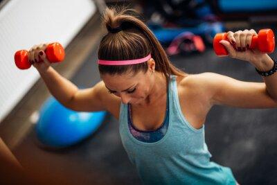 Poster Mulher, levantamento, pesos, trabalhando, dela, ombros, ginásio